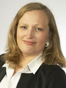 Kerstin Nommel, Steuerfachangestellte